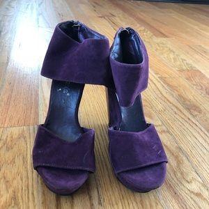 Shoe dazzle wedges